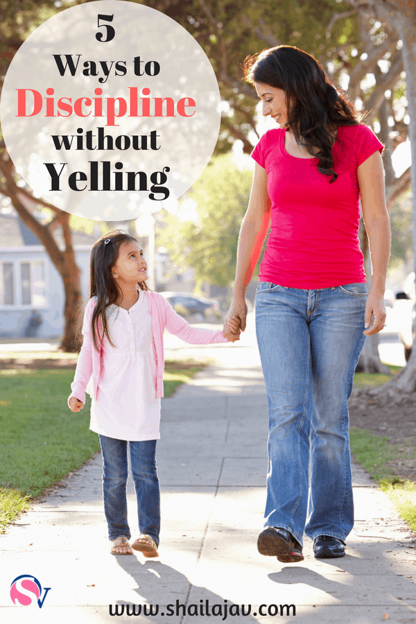 Mom child walking together not yelling